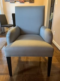 Accent Chair  2273 mi