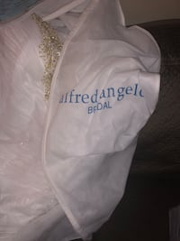 Alfred Angelo Disney princess dress bought it the day before they closed paid 2300 Albuquerque, 87112