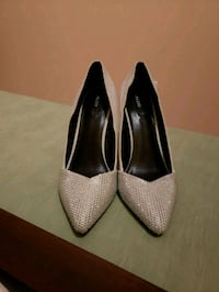 pair of gray suede platform stiletto shoes Surrey, V3R 0T1