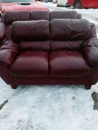 Couch and lovesest Calgary, T2B 0M6