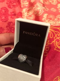 Brand new pandora heart charm Fort Washington, 20744