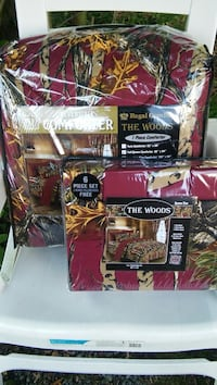 maroon and yellow The Wood comforter with plastic pack