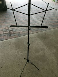 New black music stand Mercedes, 78570