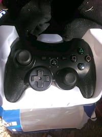 black Xbox One game controller Bakersfield, 93306