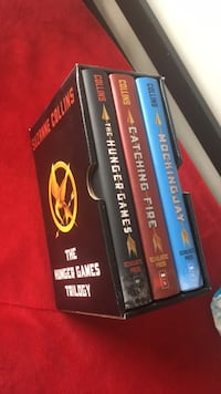 Hungergames hardcover set Sterling, 20165