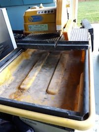 Tile cutter with water supply Edmonton, T5T 1K6