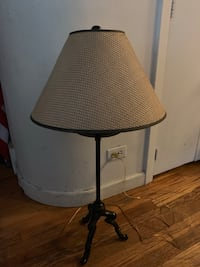 Lamp with wicker shade tall..