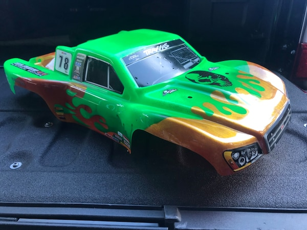 Brand new custom painted 1/10 scale traxxas slash body