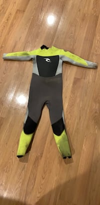 Kids Ripcurl wetsuit  4.3 thickness Derry, 03038