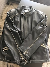 Mens Leather Jacket Burnaby, V5C 5A9