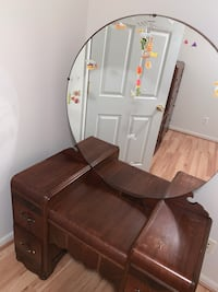 brown wooden table with chair 387 mi