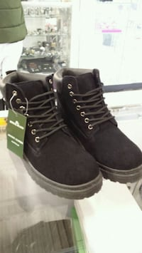 Brand new Mens leather shoes