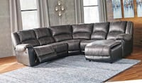New recliner sectional sofa  Indianapolis, 46240
