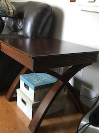 End tables and a console table  Wilsonville, N0E 1Z0