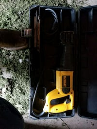 yellow and black DEWALT corded power tool 865 mi