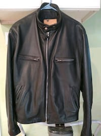 Men's leather jacket. Size 46 Walter Dyer Us.made ...heavy with liner Braintree, 02184