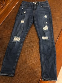 Top shop jeans worn once W26 Toronto, M3H 1T2
