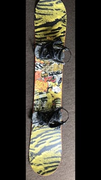 SNOW BOARD - USED