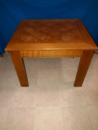 Wooden table Oakton, 22124