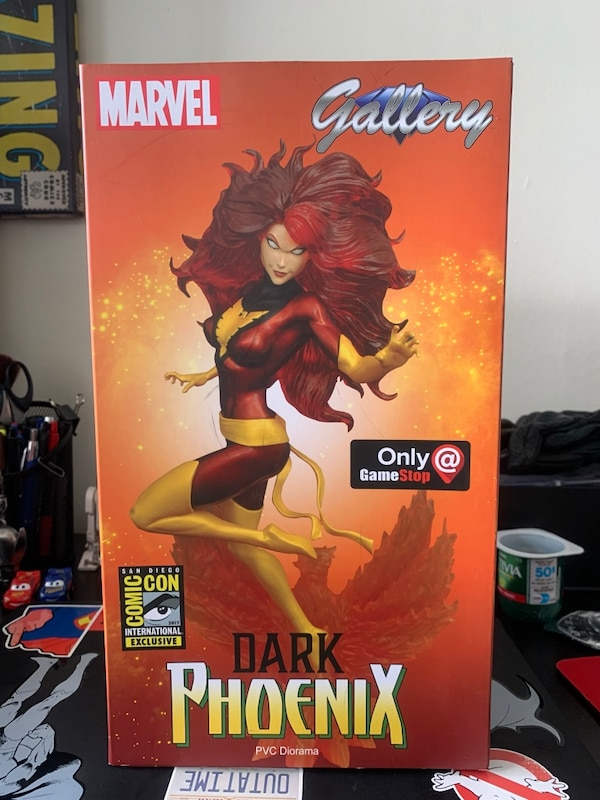 Dark Phoenix Diamond Select SDCC