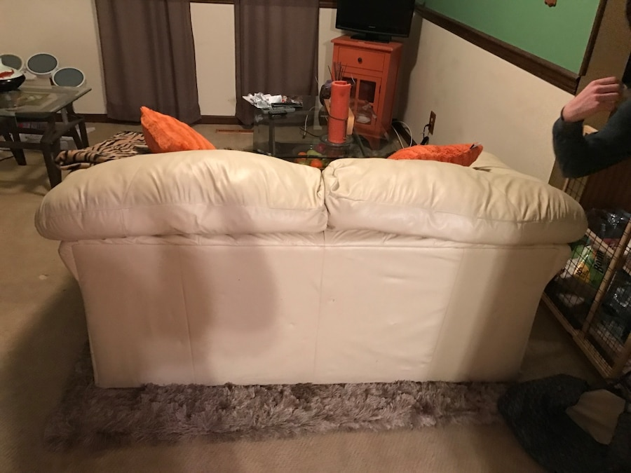 white leather loveseat - Mount Laurel
