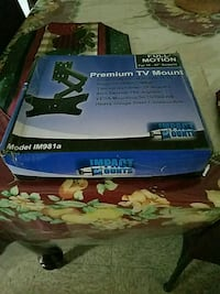 Universal Premium TV mount  New Haven, 06519