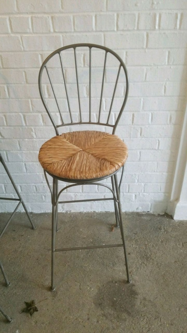 4 brown wooden windsor armless chairs