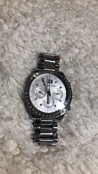 Authetic stainless steel Micheal kors watch West Haven, 06516