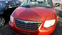 2006 Chrysler Town & Country College Park
