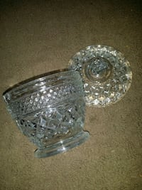 clear cut glass bowl with lid Wenatchee, 98801