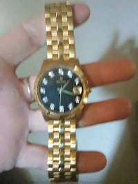 Men's watch...has an extra link to make bigger Westminster, 21157