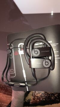 Powerbeats 3 Mint Condition OBO Calgary, T2P 1B7