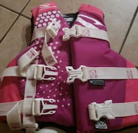 Girls life jacket Kingman