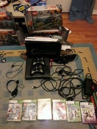 Xbox 360 with kinect, 2controllers and games Huntington Station, 11746