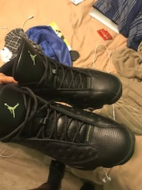 b34aeef93c1 Used pair of black Air Jordan basketball shoes for sale in Greenacres