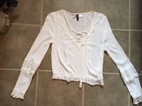 H&M Divided short top, Size 6 - $10 Mississauga