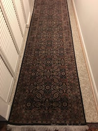 Black and gray floral runner rug Centreville, 20120