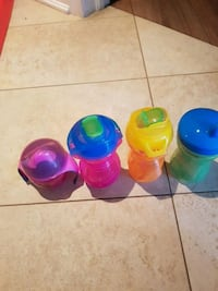 four assorted color plastic containers Vaughan, L6A 4A5
