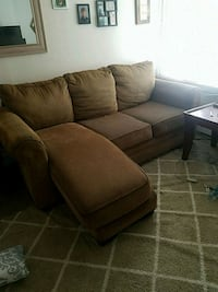 Couch  Knoxville, 21758