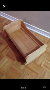 Hand crafted wooden cradle Mississauga, L5J 3M4