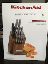 BRAND NEW KitchenAid Knife Set For Sale  Brampton