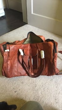 Komal passion leather duffle bag brand new !!!!