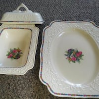 Crown Ducal Gainsborough Floral Embossed Serving P Pointe-Claire