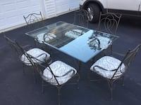 Wrought iron dining set Very sturdy and like new Centreville, 20120