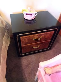 black and brown wooden 2-drawer nightstand Orland Park, 60467