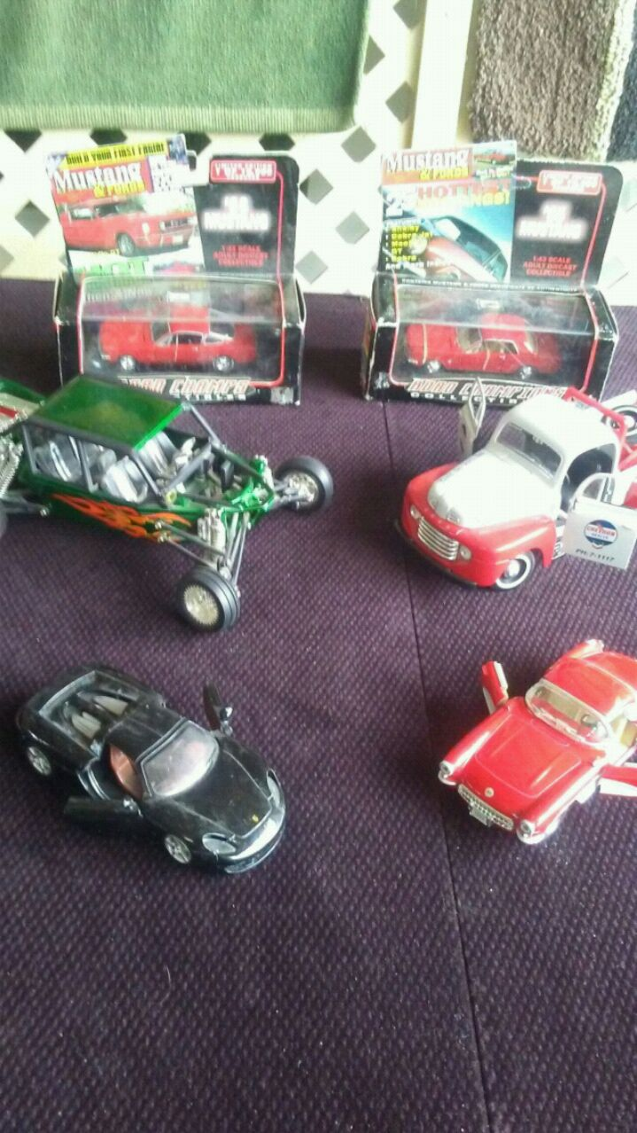 Photo SELL MORE OF COLLECTION 6 DIE CAST
