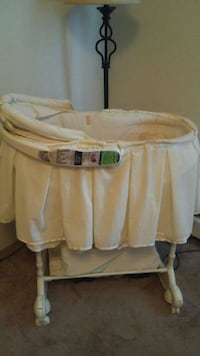 First years 5 in 1 bassinet Edmonton, T6J 2P2