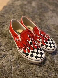 Size 9 Vans with checkered print and red drips Woodbridge, 22192
