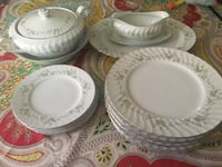 Coventry China dinner set Palm Springs, 92262