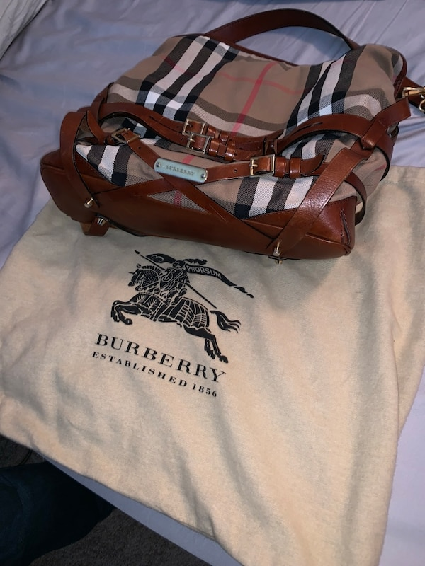 Gently used Burberry Purse